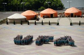 Волонтеры саммитов ШОС и БРИКС